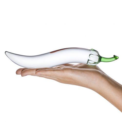 Glas Chili Pepper Dildo in hand